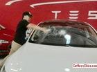 """Doanh nhân Trung Quốc đập Tesla Model S vì """"ghét cái thái độ"""""""