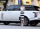 """""""Nữ hoàng nội y"""" Ngọc Trinh xuất hiện bên Range Rover LWB mới tậu"""
