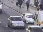 Siêu xe Lamborghini bị bỏ rơi gây tắc nghẽn giao thông