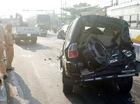 Hàng loạt ôtô hư hỏng trong tai nạn liên hoàn gần đường cao tốc