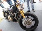 Honda CB400 đời cũ lột xác với nhiều chi tiết mạ vàng