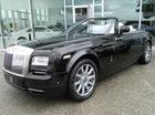 Rolls-Royce Phantom Drophead Coupe bỏ gỗ xịn, sử dụng sợi carbon