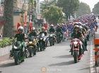 Đoàn mô tô hùng hậu dẫn đoàn trong đám cưới tập thể tại Sài Thành