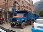 Màn rước dâu hoành tráng bằng 18 xe tải cỡ lớn ở Trung Quốc