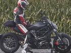 Ducati Diavel 2016 lộ diện với kiểu dáng đậm chất cruiser hơn