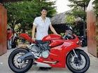 Johnny Trí Nguyễn và bạn gái Nhung Kate cùng mua Ducati 899 Panigale