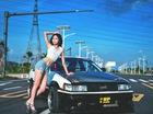 """Cô nàng eo thon đón nắng cùng xe """"xưa như diễm"""" Toyota AE86"""