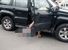 Hà Nội: Toyota Land Cruiser Prado cuốn người đi xe máy vào gầm