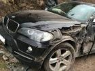 Nóng trong ngày: Ô tô tải đâm nát sườn xe sang BMW X5
