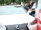 Xe sang Lexus chở ca sỹ Quang Lê gây tai nạn tại đèo Sapa