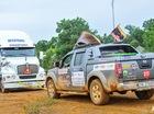 Xe bán tải thử tài kéo xe 12 tấn tại VOC 2015