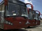 Dân Trung Quốc hồi hộp đi thử những chuyến xe bus không người lái đầu tiên