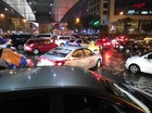 Bão số 3 tràn vào Hà Nội, nhiều tuyến đường ngập nặng