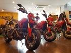 """Biker Bình Dương """"đập hộp"""" Ducati Hyperstrada 939 đầu tiên tại Việt Nam"""