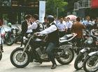 Những quý ông chạy Motor khiến cuối tuần Hà Nội thêm lịch lãm
