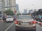 Xử phạt nghiêm lái xe taxi đi ngược chiều trên cầu vượt