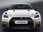 Nissan GT-R Nismo 2017 - Siêu xe cho cả đường phố lẫn đường đua