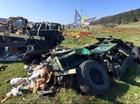 """3 xe thiết giáp Humvee nát bét vì """"nhảy dù"""" thất bại"""