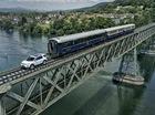 Xem SUV hạng sang Land Rover Discovery Sport kéo 3 toa tàu nặng 100 tấn
