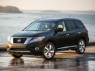 Nissan Pathfinder 2016 có giá từ 30.680 USD