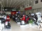 """Nhờ """"vía"""" Winner 150, xe máy Honda thi nhau đội giá tại đại lý"""
