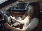 """Nữ đại gia xinh đẹp """"đập hộp"""" Maserati Levante 5 tỷ Đồng đầu tiên tại Việt Nam"""