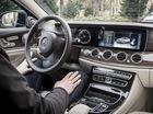 Khách hàng của Mercedes-Benz và Infiniti hứng thú với xe tự lái nhất