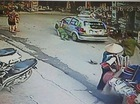 Hà Nội: Tạm giữ tài xế taxi kéo lê Thiếu tá công an hàng chục mét trước cổng bệnh viện Nhi