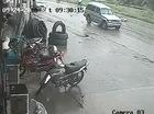 Va chạm với xe ô tô, một người đi bộ qua đường tử vong