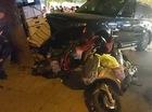 Hà Nội: Xe sang Range Rover đâm liên tiếp vào 2 xe máy, 1 xe ba gác khiến 3 người bị thương