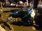 Hà Nội: 3 thanh niên chạy Honda Dream, tông vào xe tải, tử vong tại chỗ