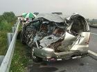 Xe tải tông vào đuôi Toyota Innova trên cao tốc Nội Bài – Lào Cai, 2 người tử vong tại chỗ