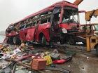 Hà Tĩnh: Xe khách lao vào dải phân cách khiến 2 người tử vong