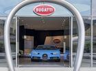 Bugatti khai trương showroom lớn nhất thế giới và trưng bày đúng 1 chiếc xe