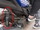 """Ra mắt Việt Nam chưa lâu, Yamaha NVX 155 đã bị """"tố"""" cong giảm xóc sau"""