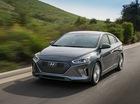 """Xe """"3 trong 1"""" Hyundai Ioniq cạnh tranh với Toyota Prius bằng giá 22.200 USD"""