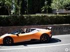 Lamborghini Huracan Performante Spyder lần đầu bị bắt gặp lăn bánh trên phố