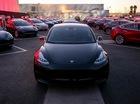 """Model 3 - """"Em út"""" trong nhà Tesla chính thức ra mắt"""