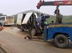 Xe khách đâm trực diện ôtô tải, 1 người chết, hơn 10 người bị thương