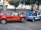 Niêm phong, cẩu ô tô chiếm vỉa hè ở trung tâm Sài Gòn