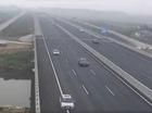 Triệu tập 3 lái xe ôtô chạy lùi trên đường cao tốc