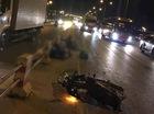 Chạy xe máy vào làn ôtô, 2 thanh niên bị xe tải tông chết