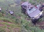 Quảng Ninh: Toyota Fortuner lao xuống vực, 4 người Trung Quốc bị thương