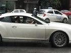 Choáng với Bentley Continental GT Speed lắp gương xe máy chạy trên đường Hà Nội
