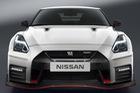 Nissan GT-R Nismo 2017: Không còn là siêu xe giá rẻ như trước
