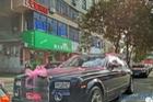 Đoàn xe đón dâu toàn Rolls-Royce và Bentley gây xôn xao cộng đồng mạng