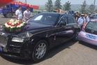 Rolls-Royce Ghost va chạm với xe giá