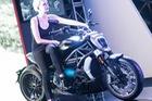 """Hé lộ giá 3 """"siêu phẩm"""" của Ducati tại Việt Nam, đắt bằng xe hơi tầm trung"""