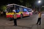 Hà Nội: Xe buýt gây tai nạn liên hoàn, một cô gái tử vong