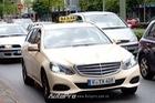 Ở nước người ta, xe sang cũng chỉ làm taxi